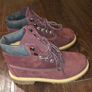 Like New Youth Timberlands